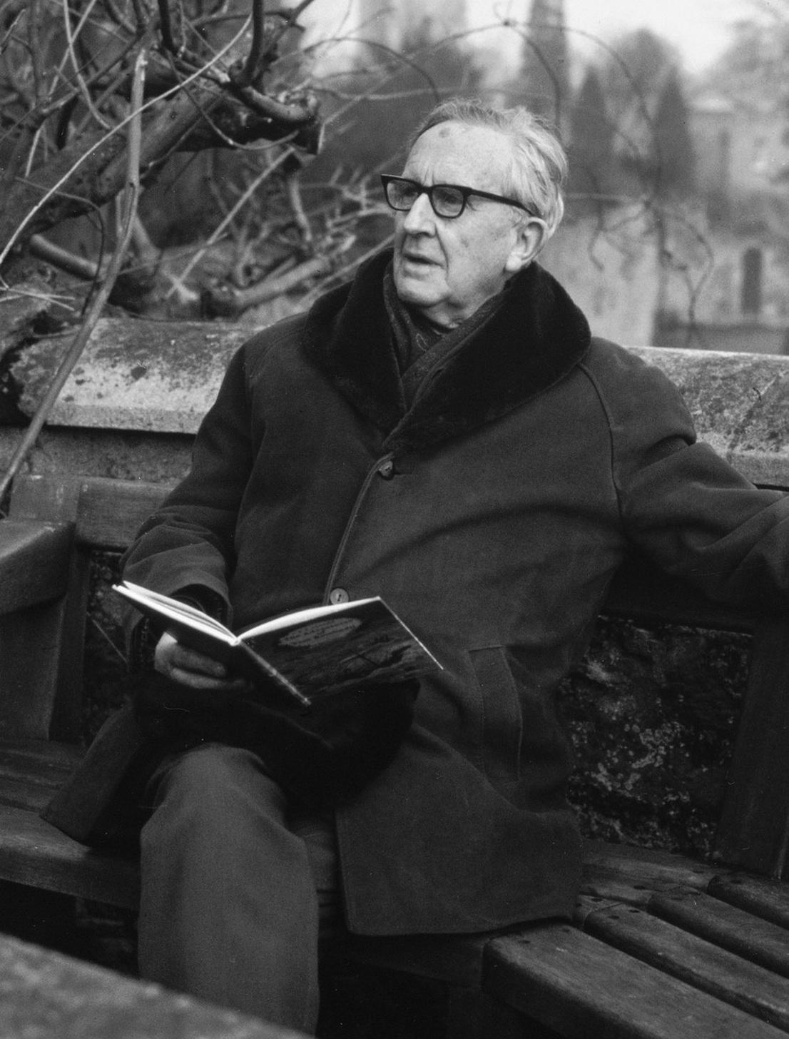 Profesor J.R.R.Tolkien