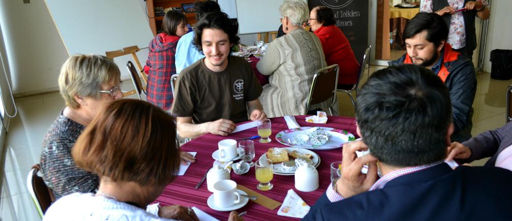Sociedad Tolkien participó en Encuentro Intergeneracional de lectura