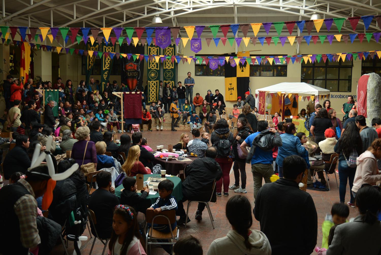 Patio central de la Feria Medieval en Magallanes, año 2018.